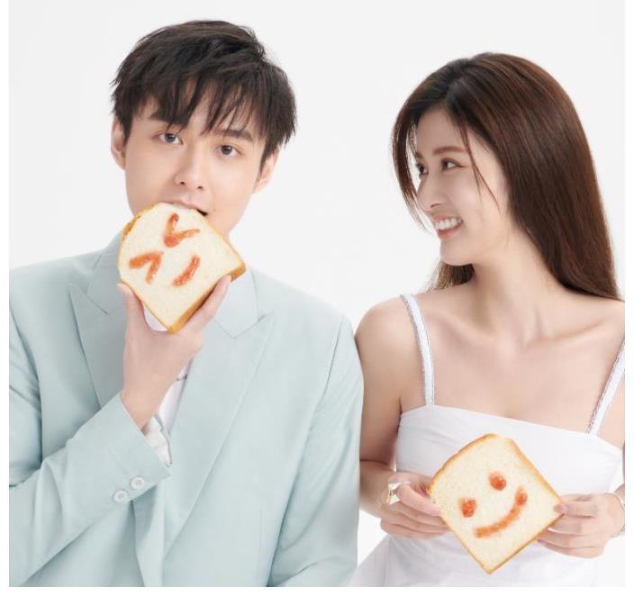 又一次爱情发作 埃斯特·赵宇·路西甜妹合并 歌坛第一位男嘉宾是他