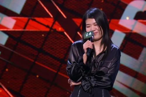 """杨莉上演近两年最""""失败""""的表演 李生日点评:脱口秀能不搞笑吗?"""